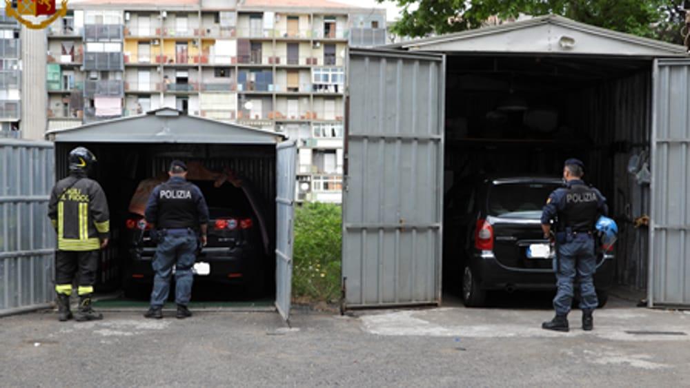 Pugno duro contro l'illegalità a Librino: terzo blitz della polizia in 20 giorni