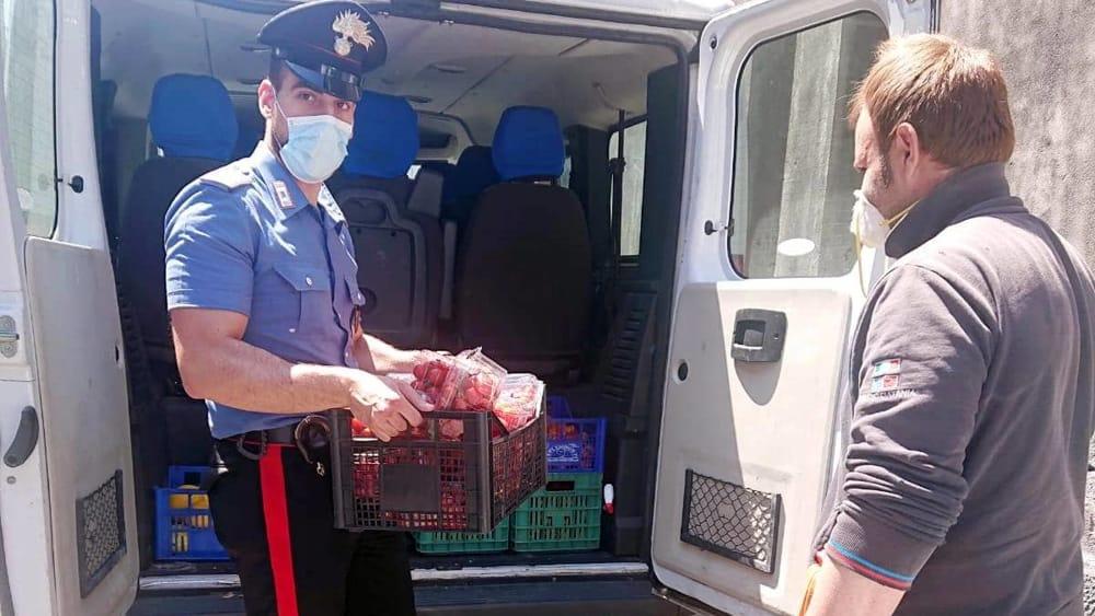 Controlli e sequestro per un venditore ambulante di ortaggi