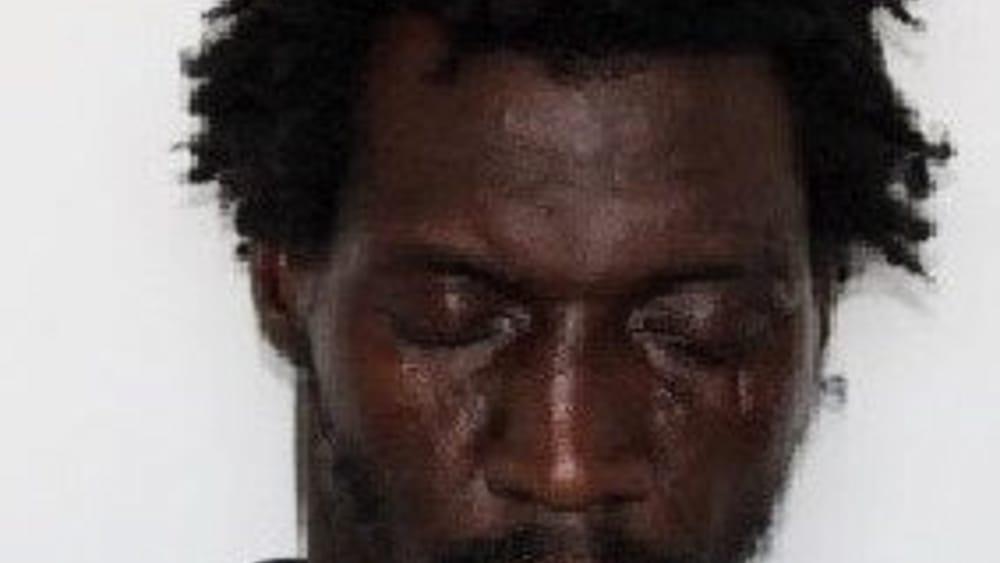 Aggressione e tentata rapina a San Berillo: un arresto